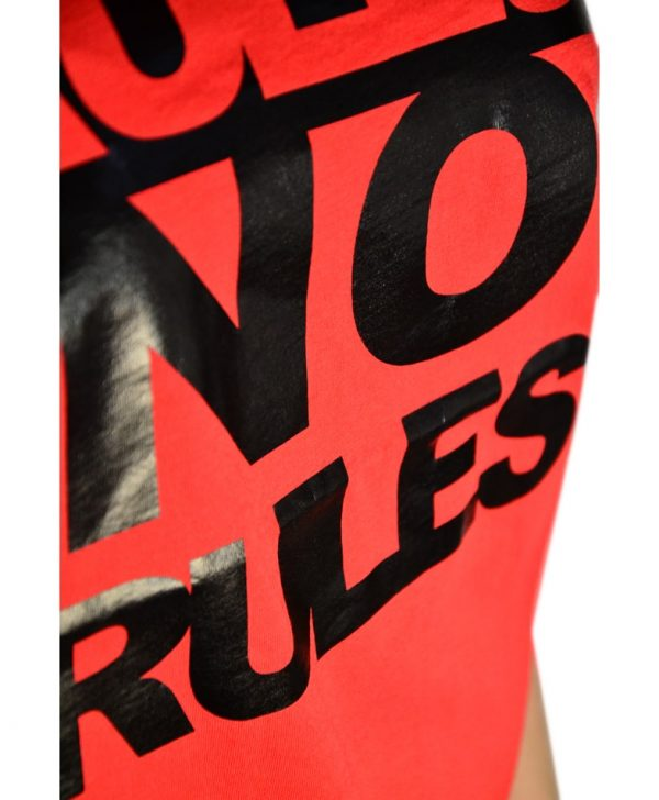 Футболка Vicolo красного цвета с черными буквами