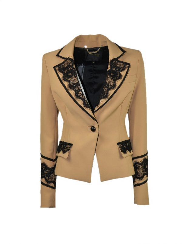 Пиджак W Les Femmes бежевого цвета с отделкой в черное кружево