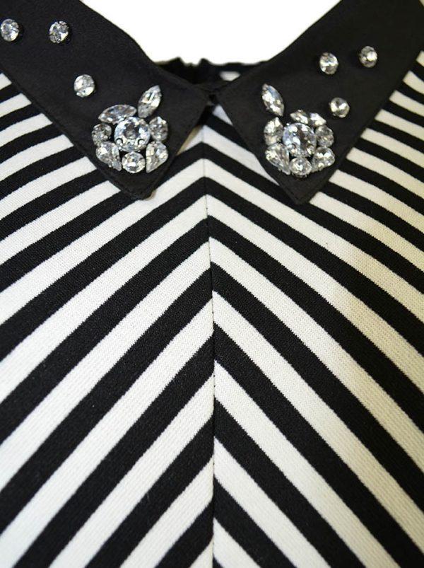 Платье Imperial с камнями на воротнике