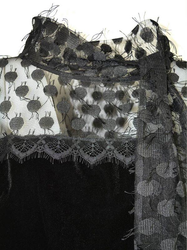 Платье Maria Grazia Severi  черное бархатное по верху сетка с кружевом воротник на завязках