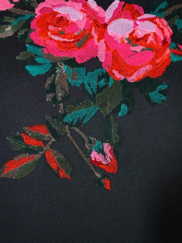 Платье VDP черное с вышивкой на груди