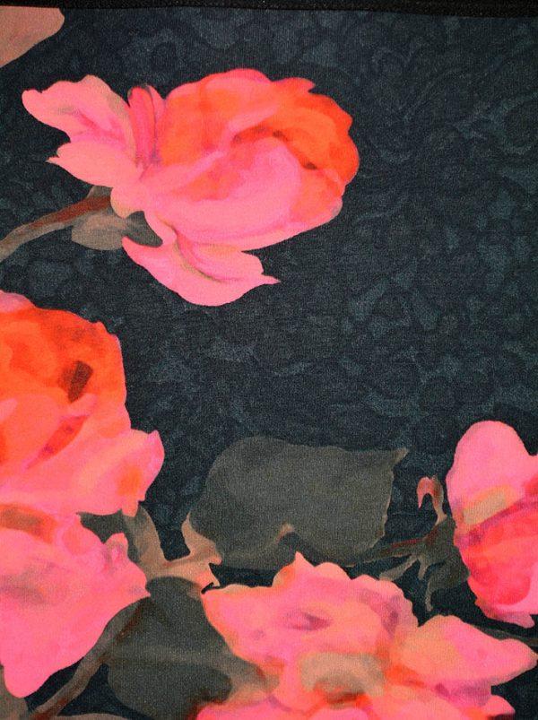 Юбка VDP черная с цветочным принтом