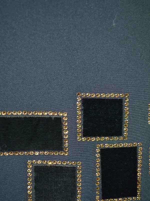 Брюки Chiara D'este черные с велюровым принтом и камнями
