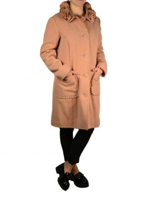 Пальто Moschino розовое на пуговицах с карманами