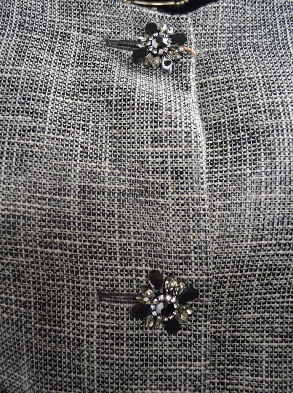 Пиджак VDP серый с бахромой и декоративными пуговицами