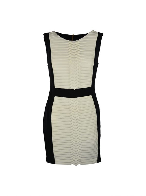 Платье Sandro Ferrone черно-белое с декоративной складкой