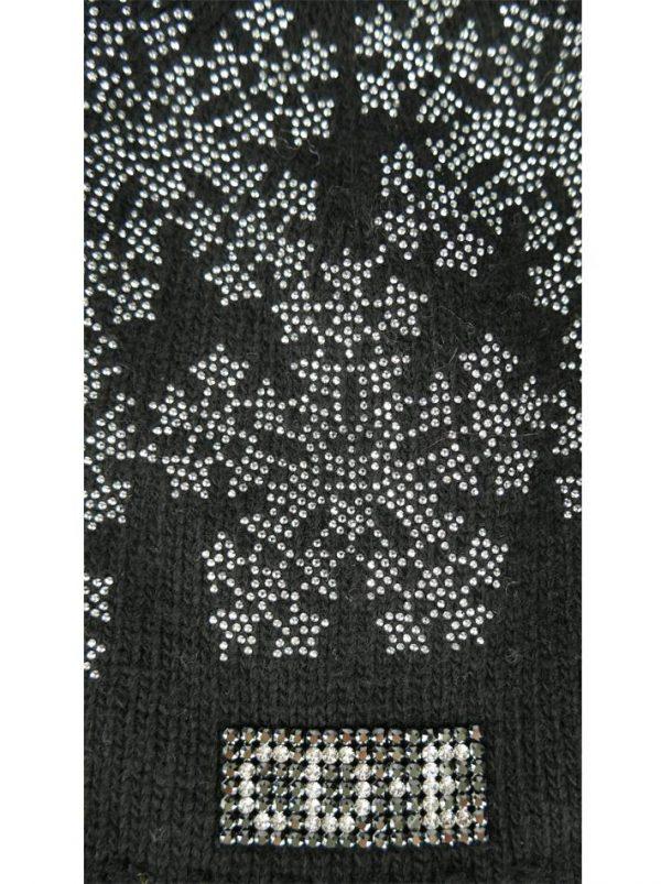 Шапка Chiara D`Este черная с рисунком из камней
