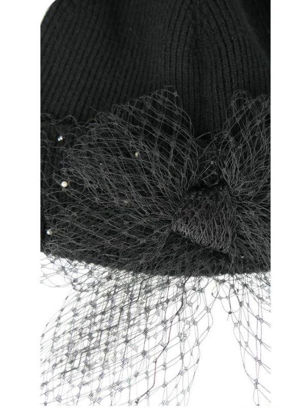 Шапка VDP черная с бантом из сетки камнями и жемчугом