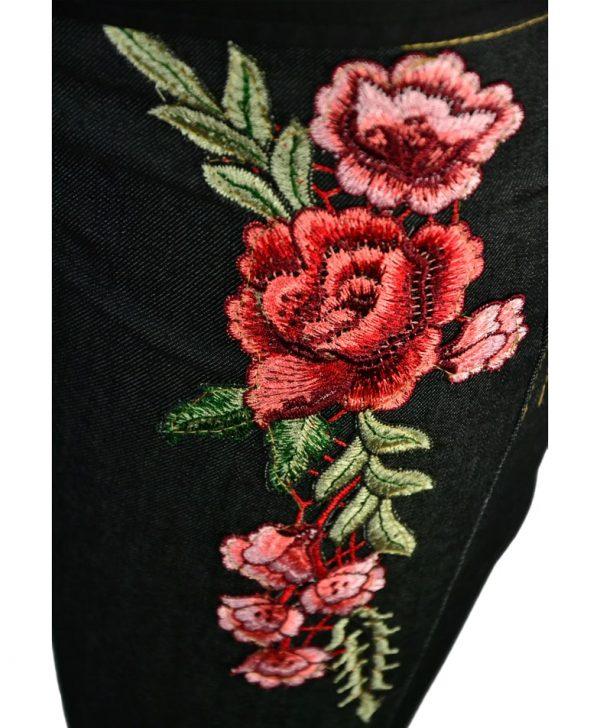 Джинсы Le Group черные с вышивкой
