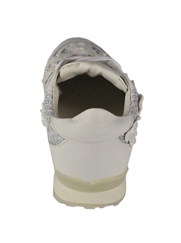 Кроссовки Twin-Set белые с декоративными элементами