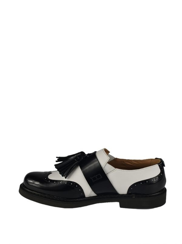 Туфли Twin-Set черно-белые с кисточками