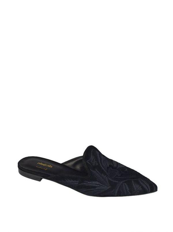 Шлепанцы Nila&Nila черные с вышивкой