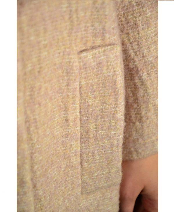 Пальто Sandro Ferrone розовое укороченное твидовое