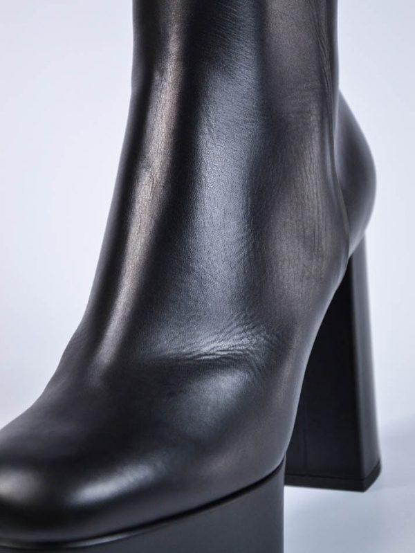 Ботинки Baldan черные кожаные на каблуке