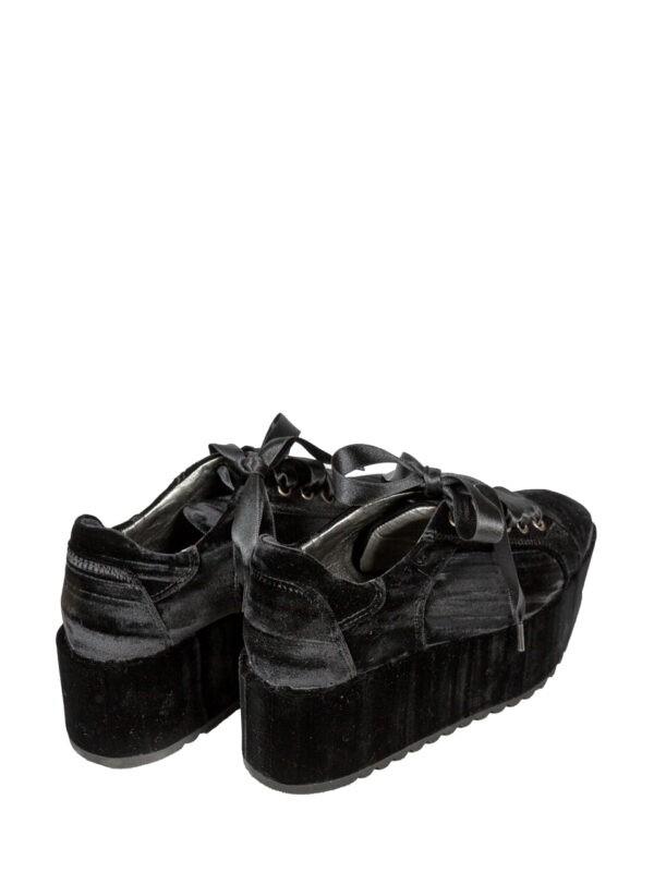 Ботинки Baldan черные велюровые со шнуровкой на платформе