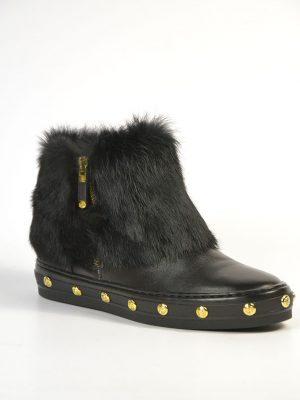 Ботинки Baldinini черные кожаные с меховым верхом и золотыми клепками вдоль подошвы