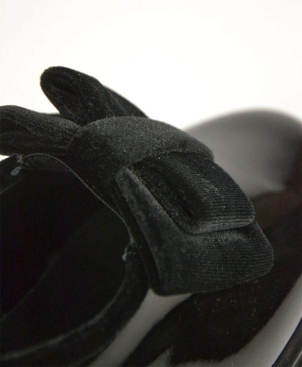 Лоферы Baldinini черные лаковые с велюровым бантом