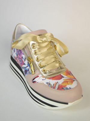 Кроссовки Nila&Nila розового цвета цветочные вставки атласные шнурки