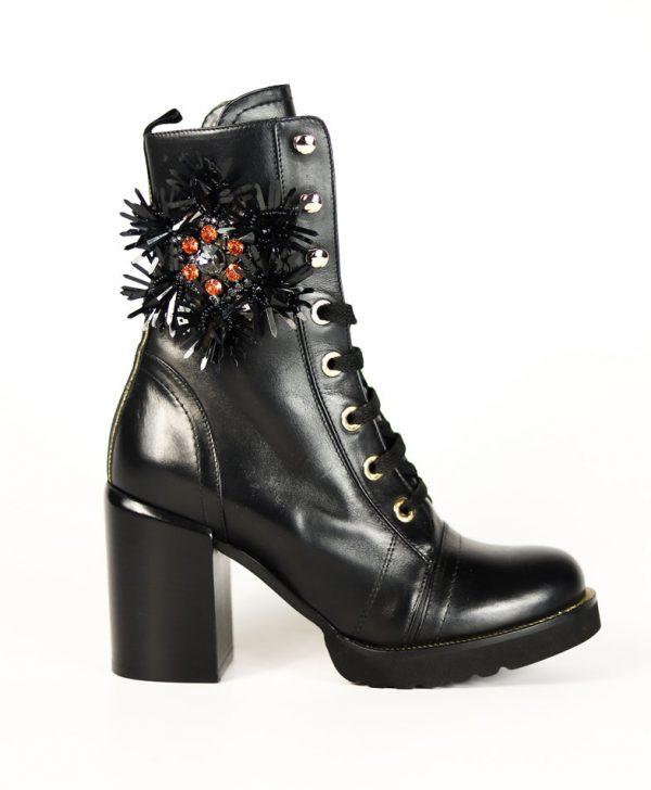 Ботинки Baldan черного цвета на шнуровке