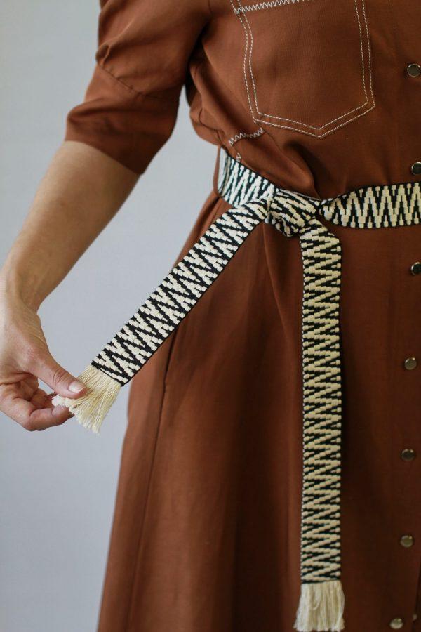 Платье Beatrice коричневое с поясом