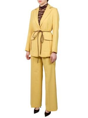 Костюм Beatrice B горчичного цвета с накладными карманами