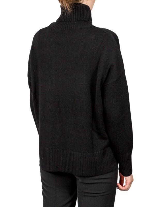 Водолазка Beatrice черная с накладным карманом
