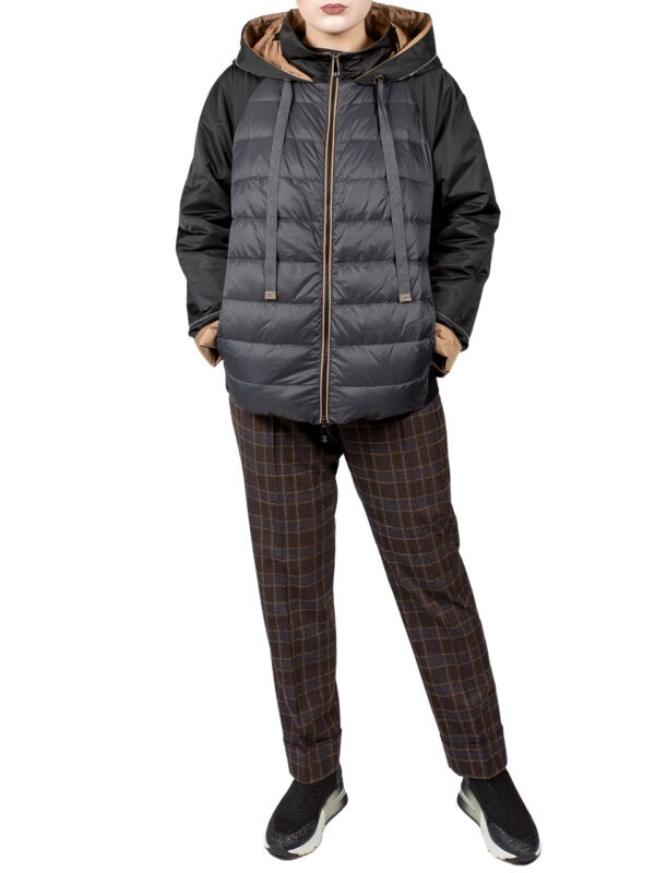 Куртка Peserico черного цвета с капюшоном
