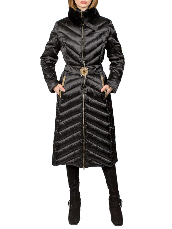 Пальто VDP стеганное с меховым воротником
