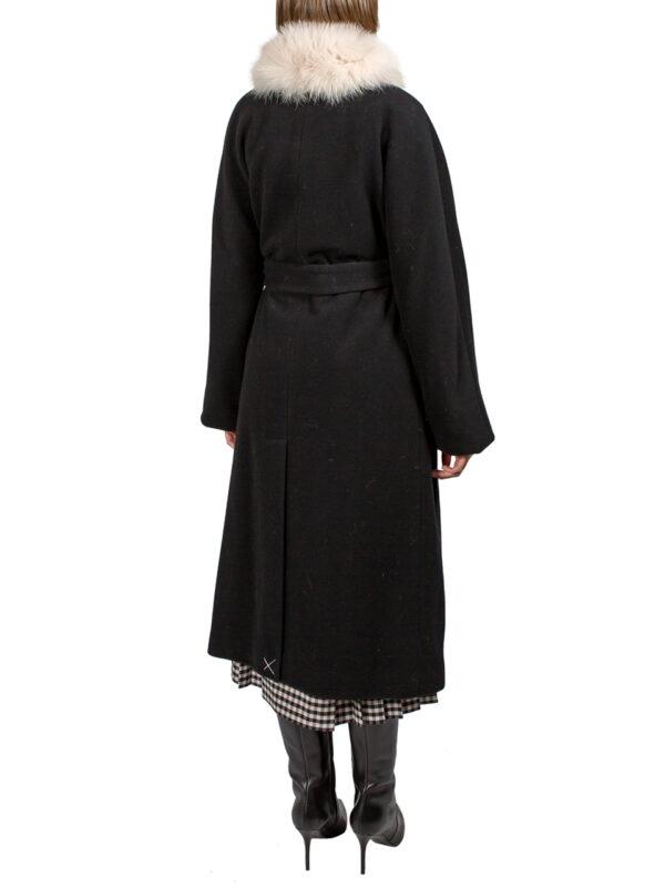 Пальто Peserico черное